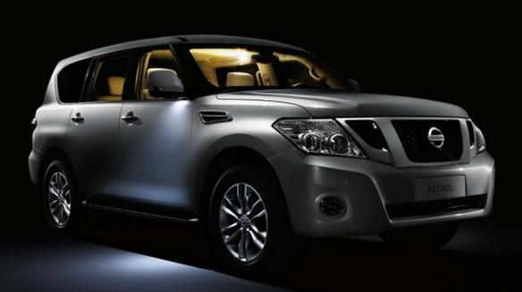 Interior photo of the 2010 Nissan Patrol